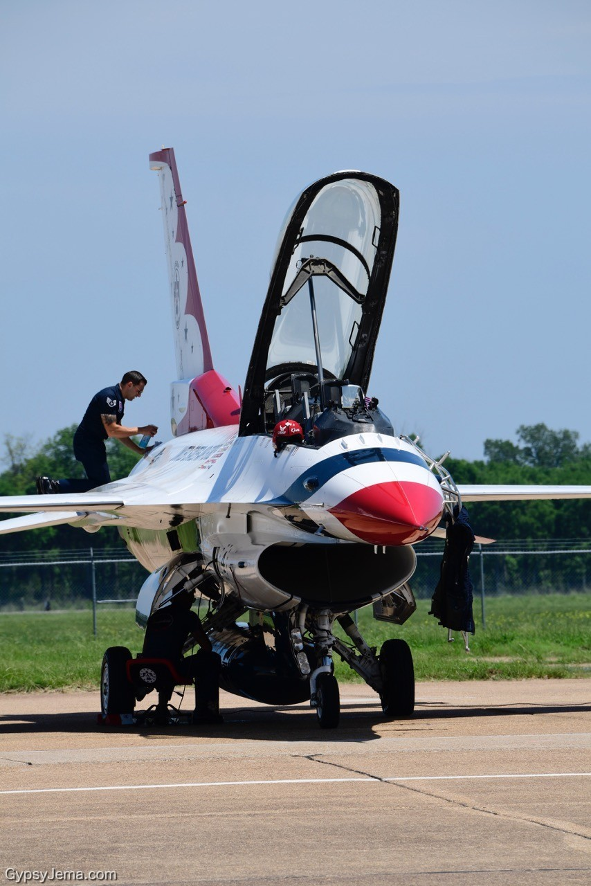 Thunderbird pilot at Barksdale Air Show - photos by Ty Carlson